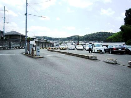 三室戸寺の駐車場