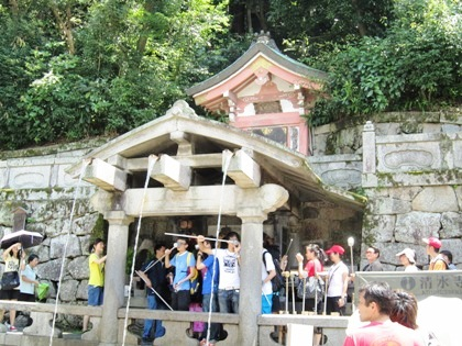 音羽の滝 清水寺