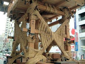 鉾の枠組み 祇園祭の準備