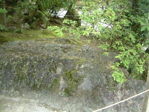 上賀茂神社の磐座